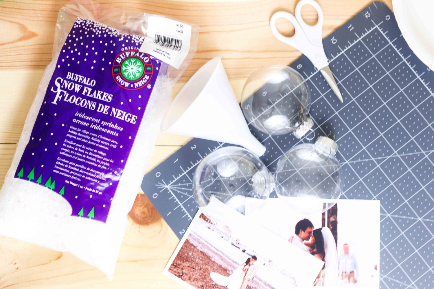 Materials needed to make Christmas ornaments with photos and Buffalo Snowflakes