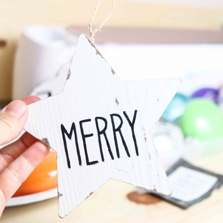 Paiting Christmas ornaments